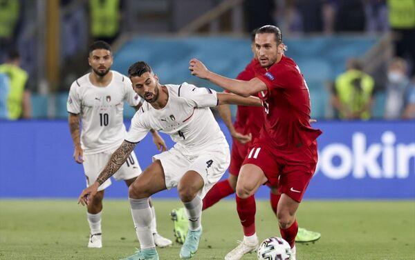2020 Avrupa Futbol Şampiyonası'nın açılış maçında A Milli Takım, İtalya'ya 3-0 yenildi. - Sputnik Türkiye