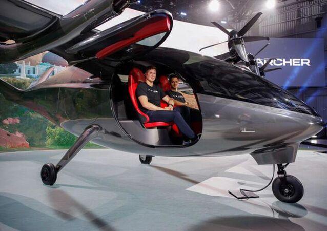 İlk elektrikli uçan taksi 'Maker' tanıtıldı