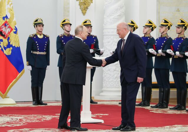 Vladimir Putin- Gamaleya Araştırma Merkezi Başkanı Aleksandr Gintsburg