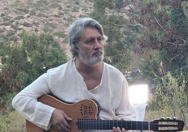 Burhan Şeşen
