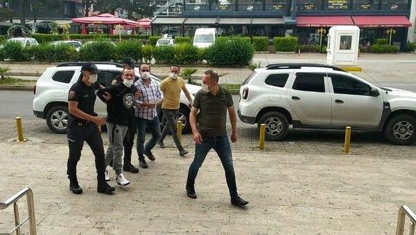 Yomra Belediye Başkanı Bıyık'a saldırıda iki zanlı tutuklandı - Sputnik Türkiye