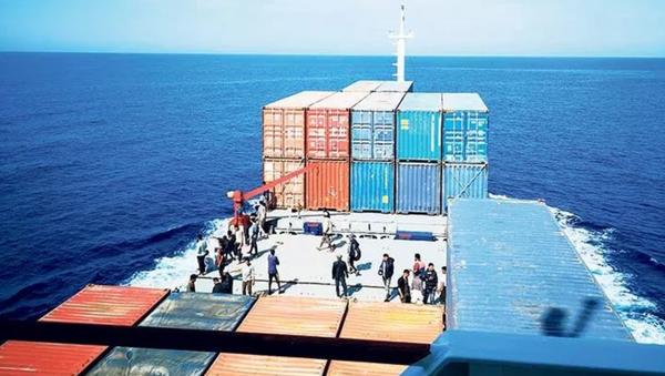 Türk kaptan Malta açıklarında 97 göçmeni kurtardı - Sputnik Türkiye