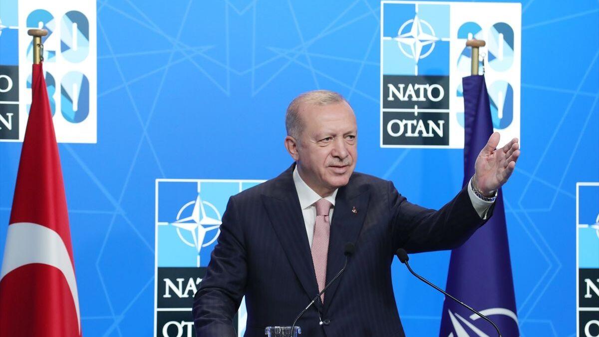 Cumhurbaşkanı Erdoğan: Türkiye ile ABD arasında çözülemeyecek bir sorunun  olmadığını düşünüyoruz - Sputnik Türkiye