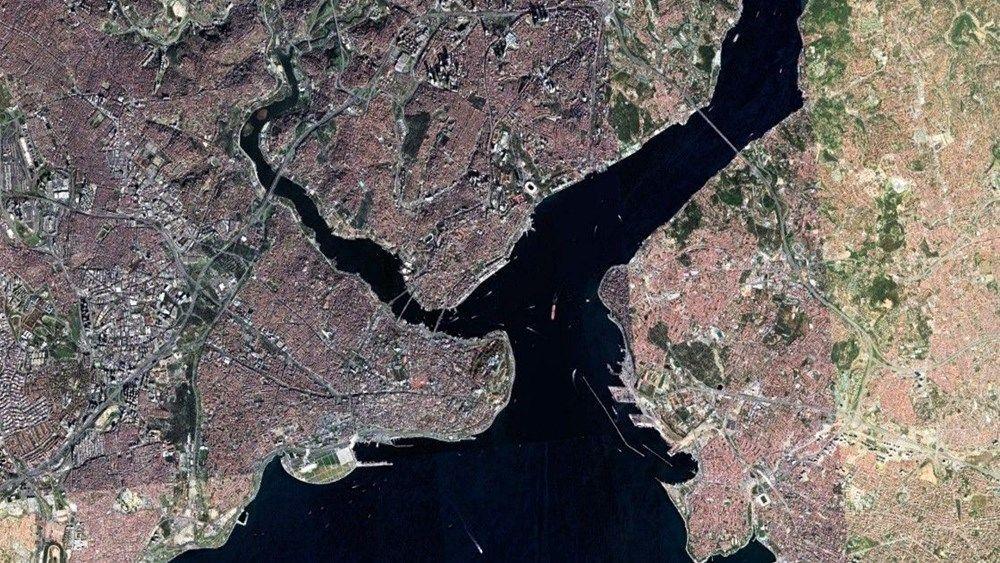 İstanbul sahillerini kaplayan müsilaj, uzaydan görüntülendi.
