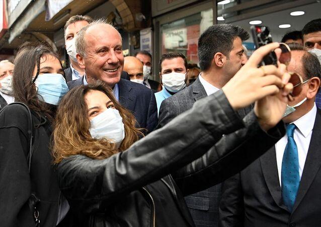 Memleket Partisi Genel Başkanı Muharrem İnce, çeşitli temaslarda bulunmak üzere geldiği Karabük'te partisinin Karabük İl Başkanlığının açılışını yaptı.