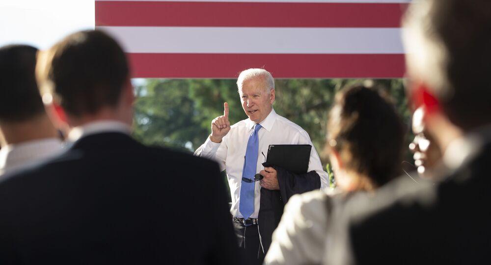ABD Başkanı Joe Biden, Rusya Devlet Başkanı Vladimir Putin ile yaptığı görüşme sonrası Cenevre'de düzenlediği basın toplantısından ayrıldığı sırada ısrarla soru sormaya devam eden muhabiri azarladı.