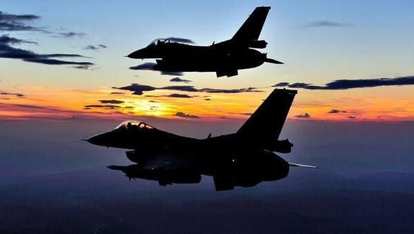 F-16 Türkiye uçak - Sputnik Türkiye
