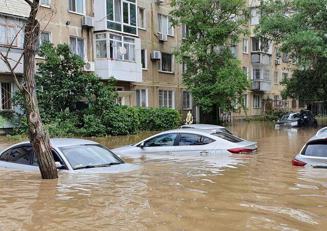 Kırım'da sel