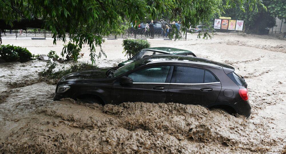 Yalta - Sağanak Yağmur - OHAL