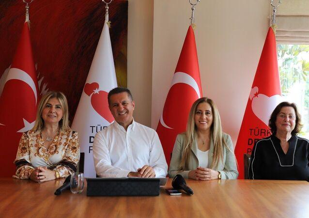 TDP Genel Başkanı Mustafa Sarıgül: Dr. Özlem Türeci ve Uğur Şahin'e devlet nişanı verelim
