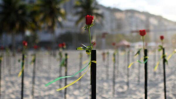 Copacabana Plajı-gül-koronavirüs - Sputnik Türkiye