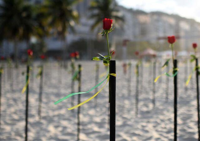 Copacabana Plajı-gül-koronavirüs