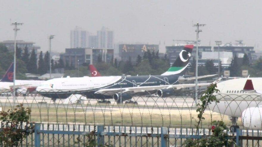 Libya'nın eski lideri Muammer Kaddafi'nin kullandığı Airbus A340-200 tipi Libya devlet uçağı, Atatürk Havalimanı'nda iki hafta süren bakım çalışmaları sonrası Libya'ya gitmek üzere İstanbul'dan ayrıldı.