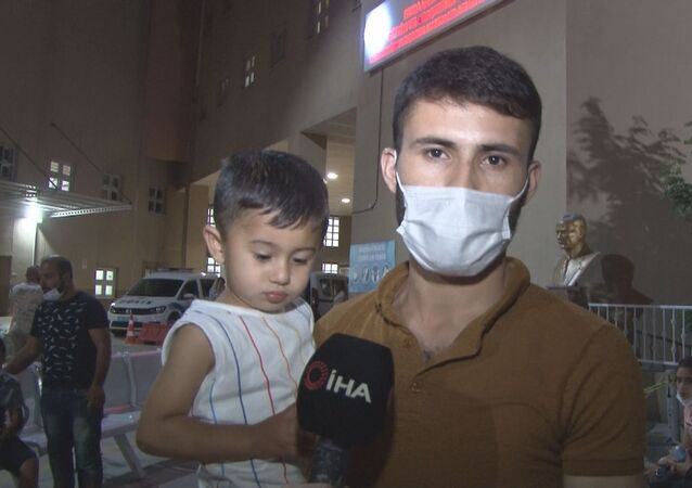 İzmir'in Buca ilçesinde şebeke suyu kullandıktan sonra fenalaştıklarını öne süren çok sayıda vatandaş hastaneye başvurdu.
