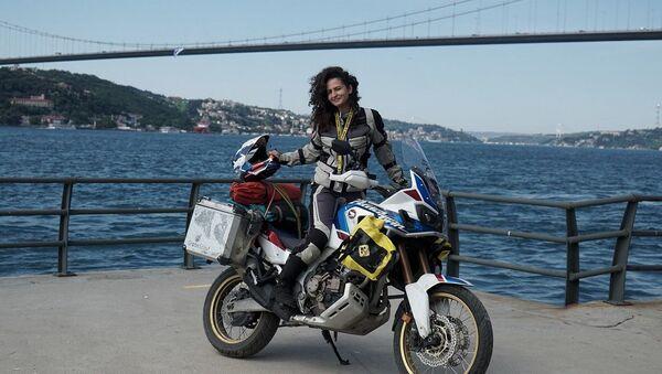 Motosikletiyle Afrika'ya gidecek Asil Özbay - Sputnik Türkiye
