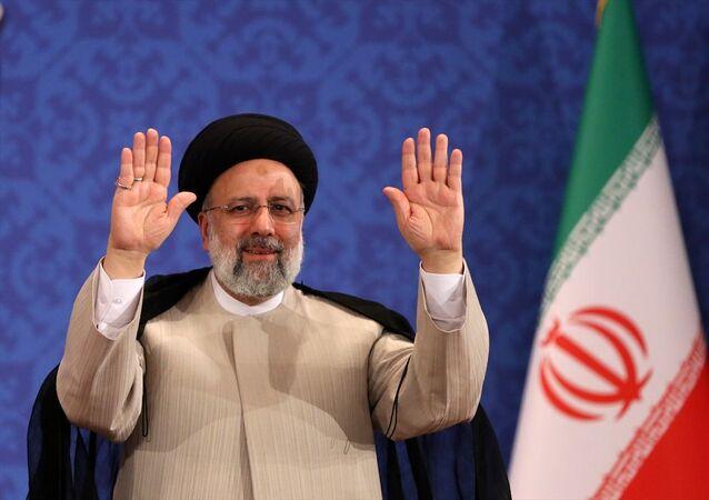 İran'ın yeni cumhurbaşkanı Reisi