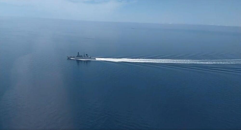 Rusya Savunma Bakanlığı'dan Karadeniz'de sınır ihlalini yapan İngiliz gemisinin görüntüleri