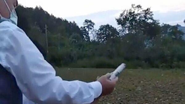 Çocuğa silah verip havaya ateş açtıran kişi muhtar çıktı - Sputnik Türkiye