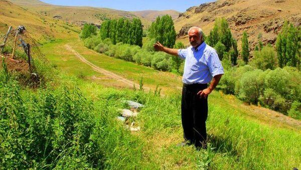 'Şener Şen'in Züğürt Ağa filminden esinlendim' diyerek köyünü satışa çıkardı - Sputnik Türkiye
