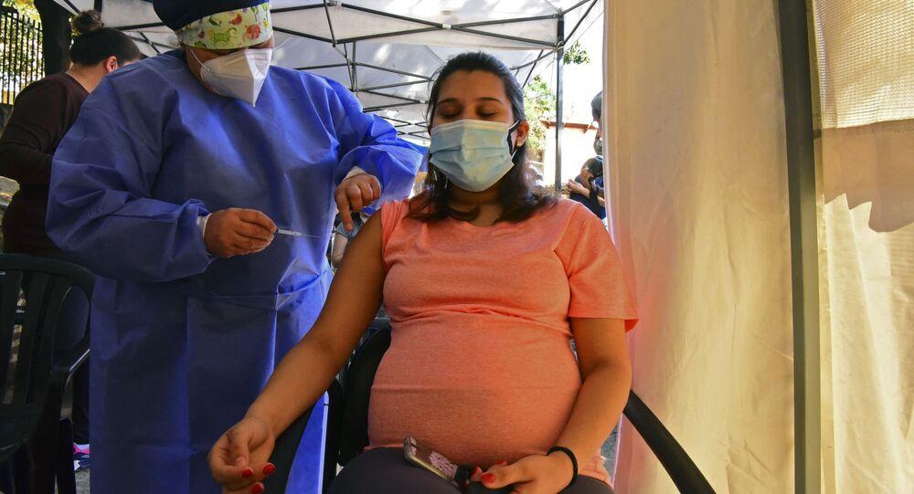 Hamilelere Sputnik v aşısı uygulanması