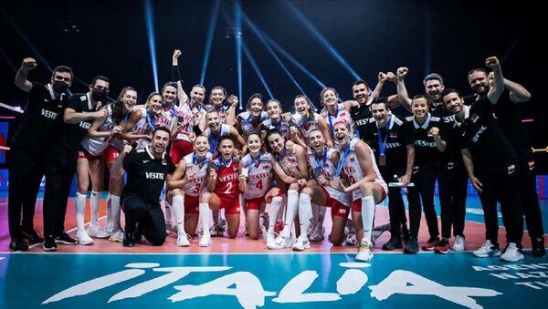 Türkiye A Milli Kadın Voleybol Takımı - FIVB Milletler Ligi Dörtlü Finali - Sputnik Türkiye