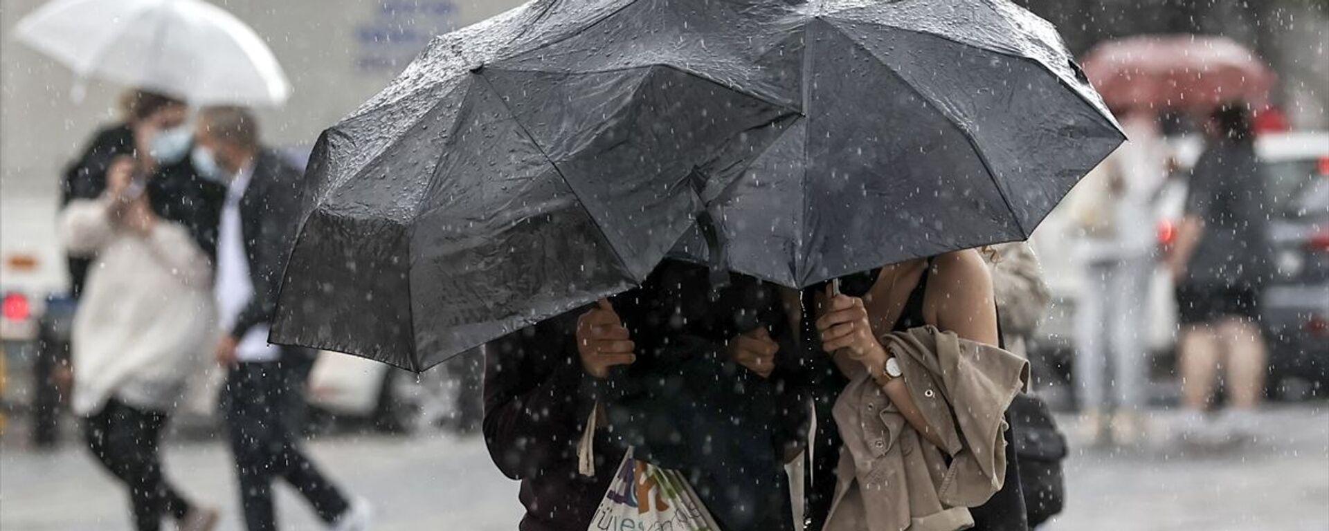 Yağmur- Sağanak yağış - Sputnik Türkiye, 1920, 25.07.2021