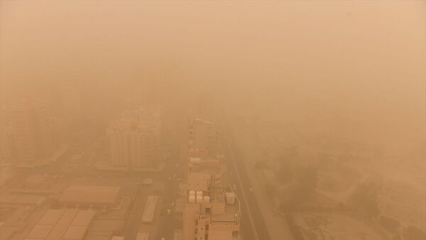 Kuveyt'te kum fırtınası - Sputnik Türkiye
