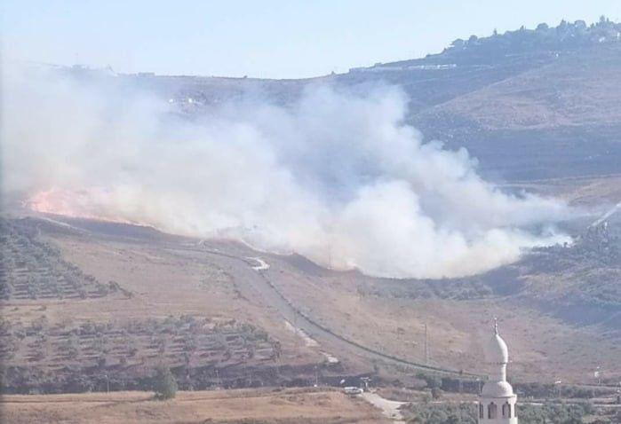 Yahudi yerleşimciler, işgal altındaki Batı Şeria'da yer alan Nablus kentine bağlı Burin köyünde Filistinlilere ait onlarca dönüm tarım arazisini ateşe verdi.