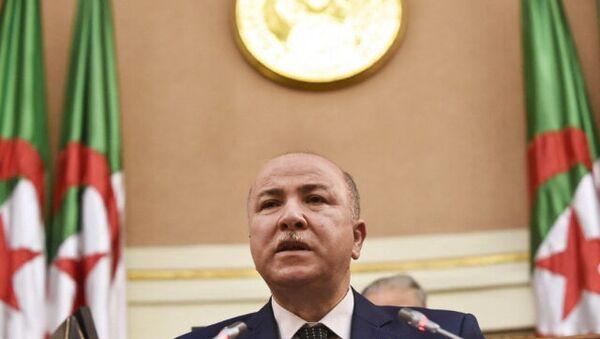 Cezayir'in yeni başbakanı Eymen bin Abdurrahman oldu - Sputnik Türkiye