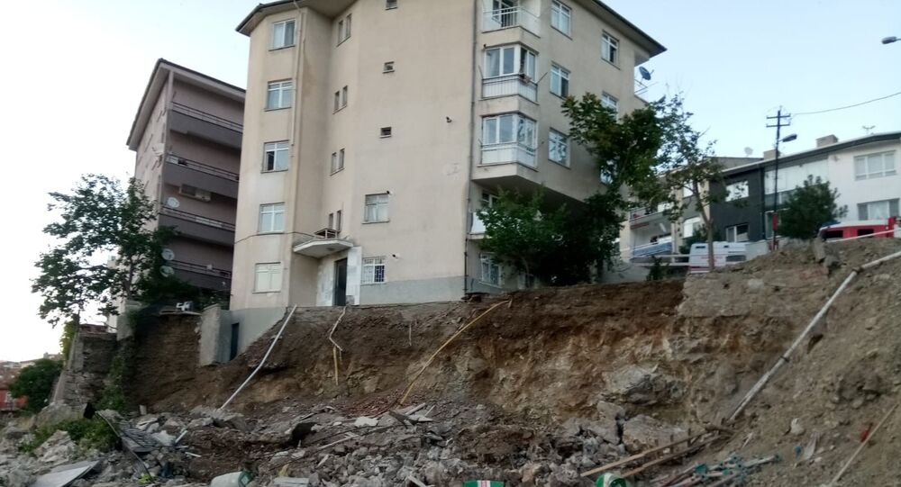 Ankara'da 5 bina tahliye edildi