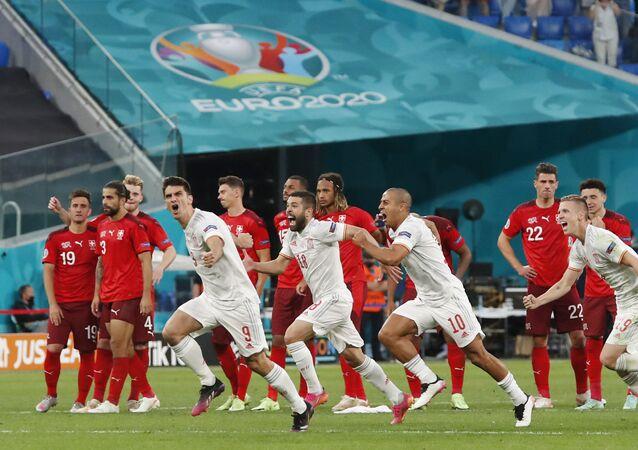 EURO 2020'de İsviçre'yi penaltı atışlarında eleyen İspanya, yarı finale yükseldi