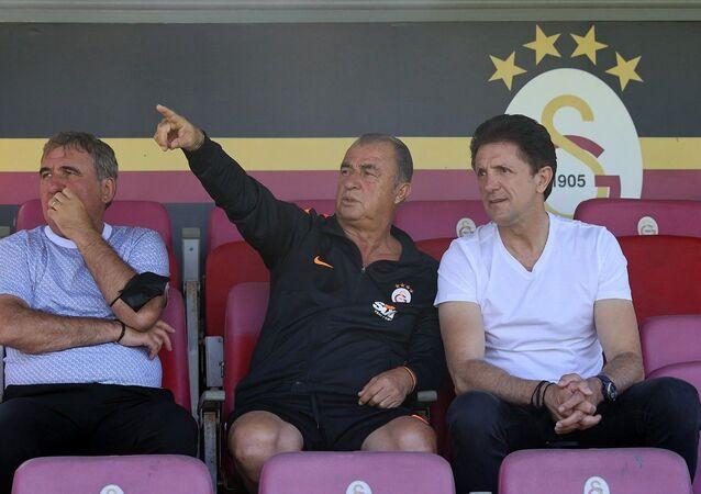 Hagi ve Popescu, Galatasaray idmanında