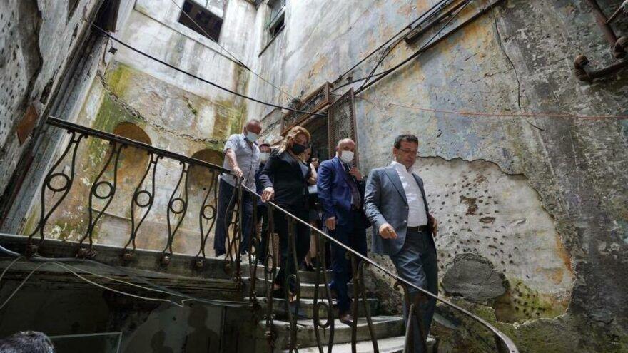 İstanbul Karaköy'deki Sen Piyer Han'ı için İBB Başkanı Ekrem İmamoğlu'nun talimat verdiği ve tarihi yapının İstanbul'a kazandırılması için iş birliği çalışmalarının başladığı duyuruldu.
