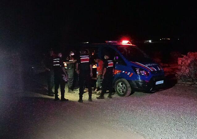 Kırşehir'in Boztepe ilçesi yakınlarında Biyogaz inşaatında meydana gelen göçükte 3 işçi yaralandı.