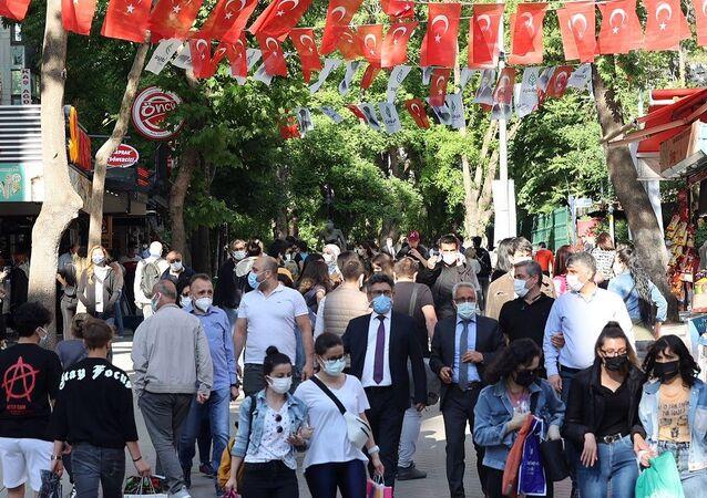 Vaka-maskeli insanlar-Ankara