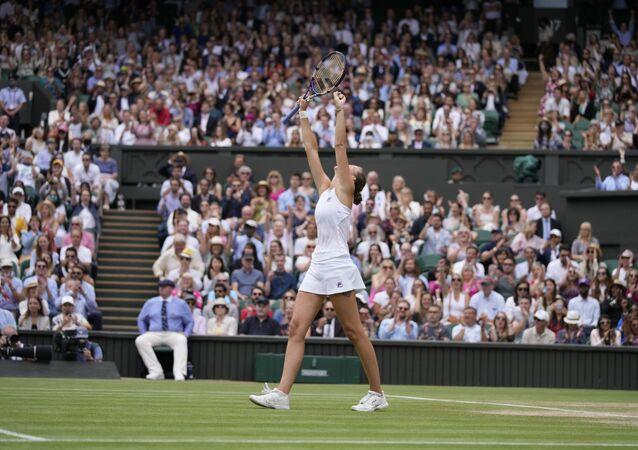 Wimbledon'da tek kadınlar finalinde Barty'nin rakibi Pliskova oldu