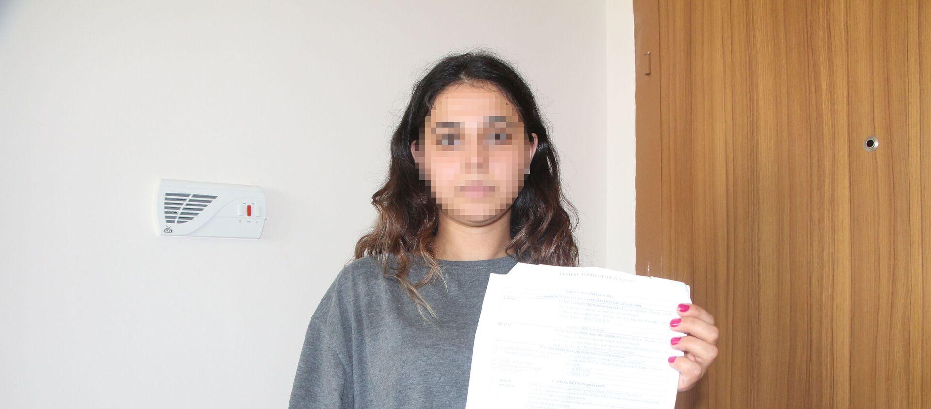 Ölüm tehditleri alan 2 çocuk annesi kadın: Türkiye'de yeni bir kadın cinayetinin kurbanı olmak istemiyorum - Sputnik Türkiye, 1920, 09.07.2021
