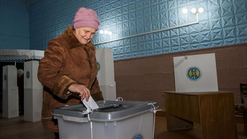 Moldova erken parlamento seçimi