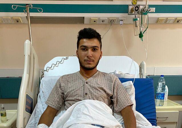 Şah damarı kesilen işçi 3 saatlik ameliyatla sağlığına kavuştu