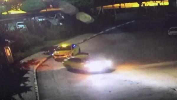 Otogarda ölü bulunan kişinin dövülüp taksiciler tarafından kaldırıma bırakıldığı ortaya çıkarıldı - Sputnik Türkiye