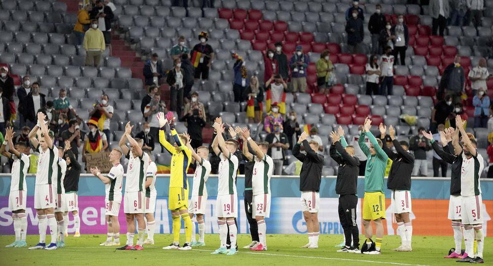 Macaristan'dan UEFA'nın seyircisiz oynama ve para cezası kararına tepki