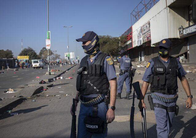 Güney Afrika'daki protestolarda 6 kişi hayatını kaybetti