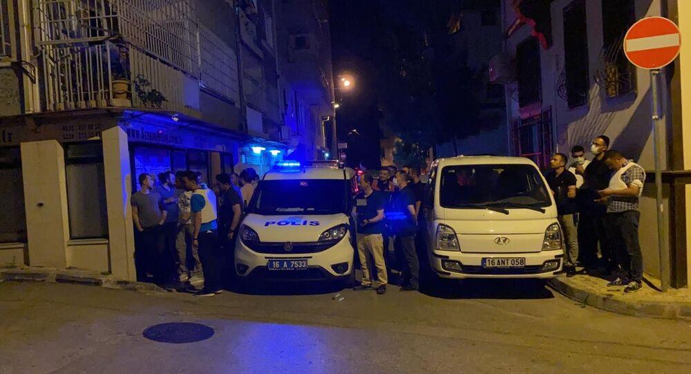 Bursa'da rehine krizi: Kız kardeşlerini rehin aldı, polise ateş açtı