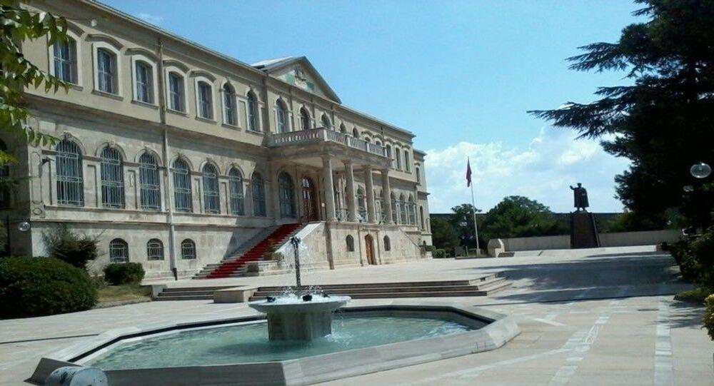 Kovid-19 salgını nedeniyle kapalı olan askeri müzeler yeniden ziyarete açıldı