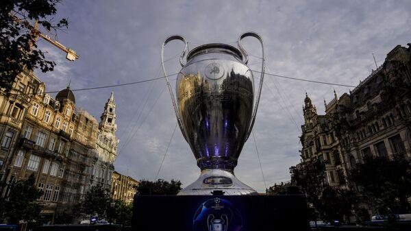 UEFA Şampiyonlar Ligi'nde 12 takım, 2. eleme turuna adını yazdırdı - Sputnik Türkiye
