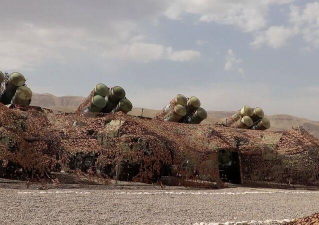 Rusya'dan Taliban tehdidinin arttığı Tacikistan'da S-300'lü eğitim tatbikatı