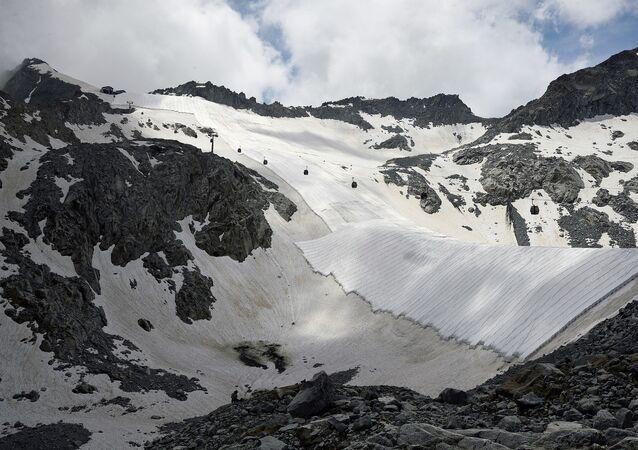 İtalya'daki Presena buzulu