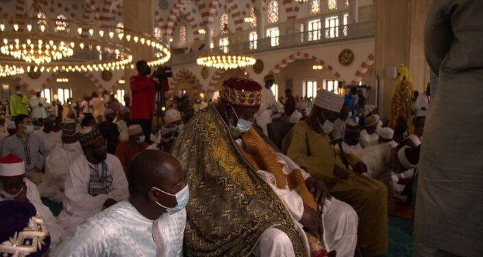 Türkiye tarafından Batı Afrika ülkesi Gana'nın başkenti Akra'da inşa edilen Sultan Ahmet tarzı Gana Millet Cami ve Külliyesi hizmete girdi.