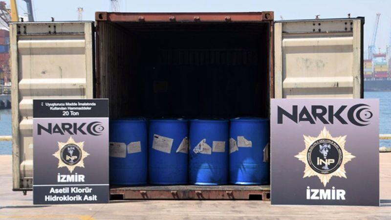 İzmir'in Aliağa ilçesindeki limana Çin'den getirilen bir konteynerde, uyuşturucu yapımında kullanılan 26 ton 160 kilogram kimyasal madde ele geçirildi.