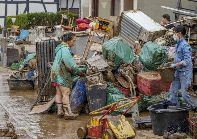 Almanya'daki sel felaketinde ölü sayısı 150'yi aştı